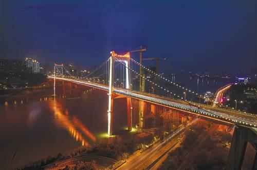重庆9座跨江大桥灯饰换新 主城夜景更靓丽图片