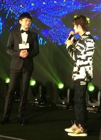 """张杰2017""""我想""""世界巡回演唱会首站青岛"""