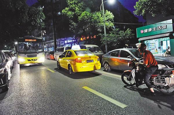 出租车司机如厕难 究竟难在哪里