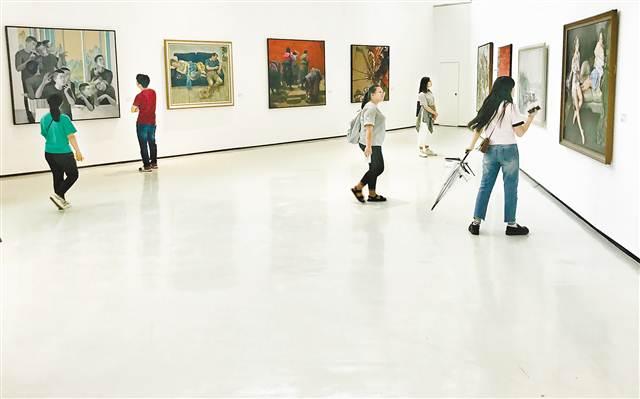 首届全国美术教育教师作品展在渝开展