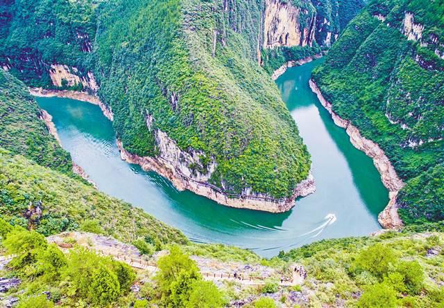 9月6日,巫山县双龙镇安静村,位於长江支流大宁河小三峡滴翠峡内的