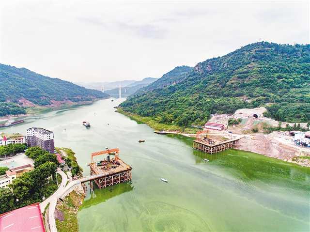 彭溪河多线特大桥9月完成桩基施工