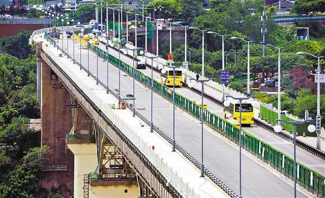 牛角沱嘉陵江大桥明日开放上游半幅路面通行
