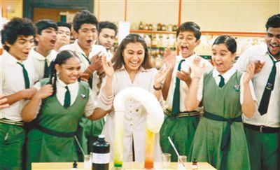 印度电影《嗝嗝老师》:用生命影响生命