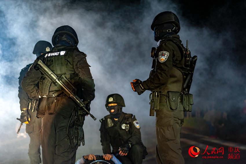 北碚举行多警联动配合实战训练