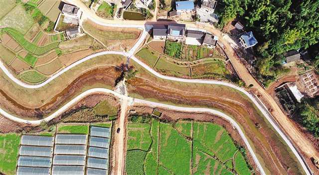 河道整治 打造乡村美景