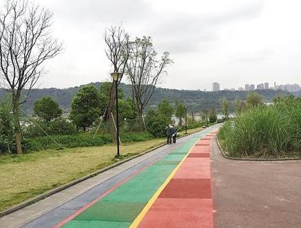巴滨路建成重庆首条滨江自行车道 本周六开放