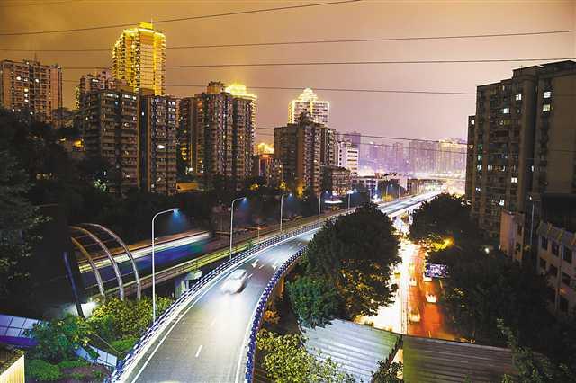 bob官网:渝澳大橋至兩路口南北分流道通車