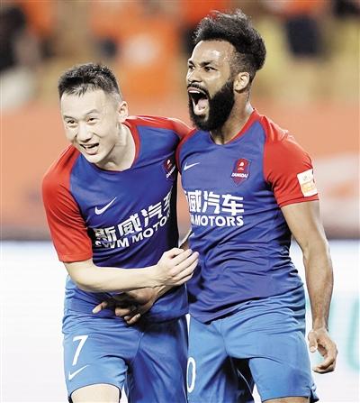 3:2!重庆斯威客场逆袭武汉卓尔积分达到21分