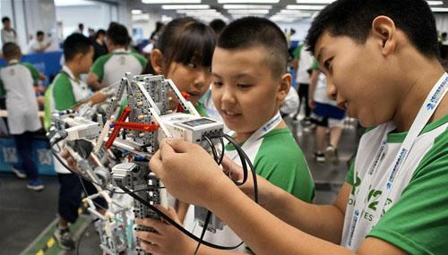 世界机器人大赛冠军赛在京举行