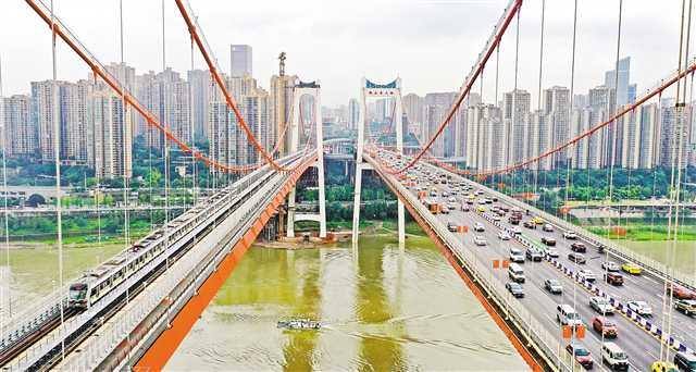 鹅公岩轨道交通专用桥试运营