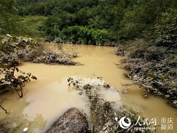 重庆武隆堰塞湖水位持续下降 形势基本安全可控